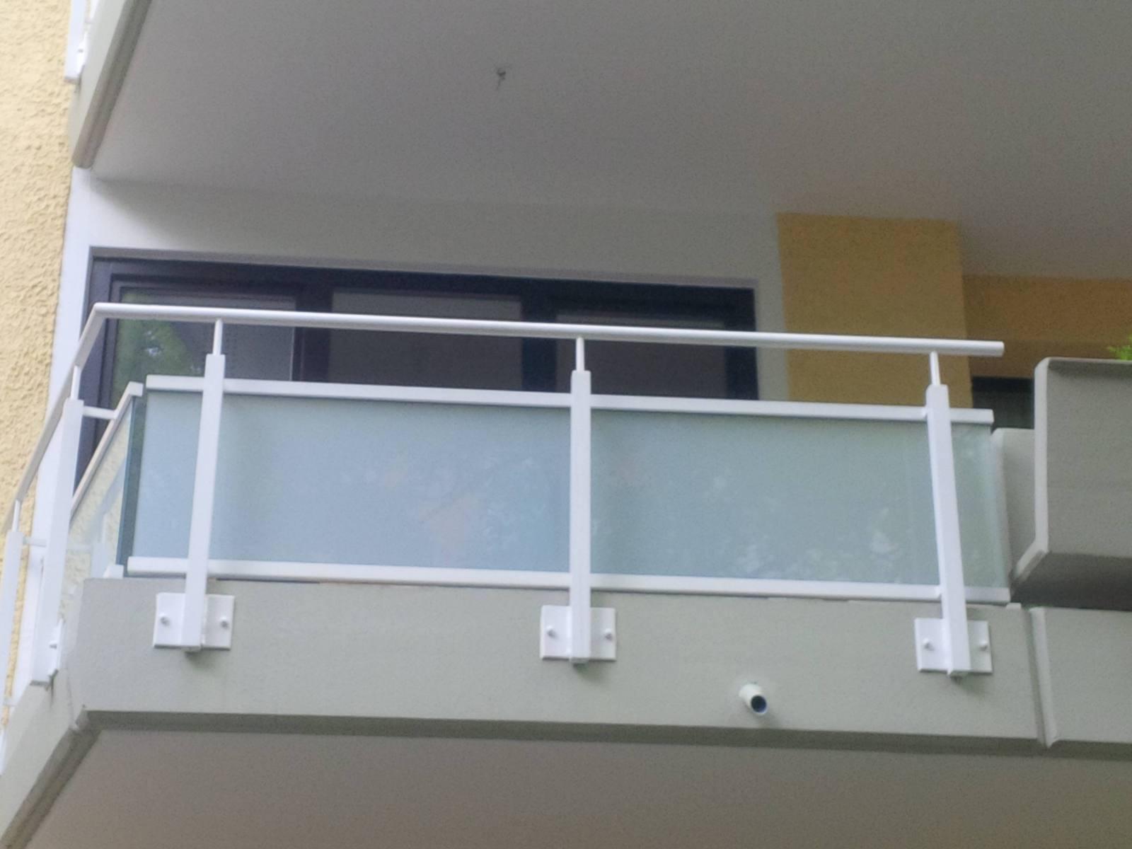 Fassade-Balkone-Gelaender-Muenchen-18