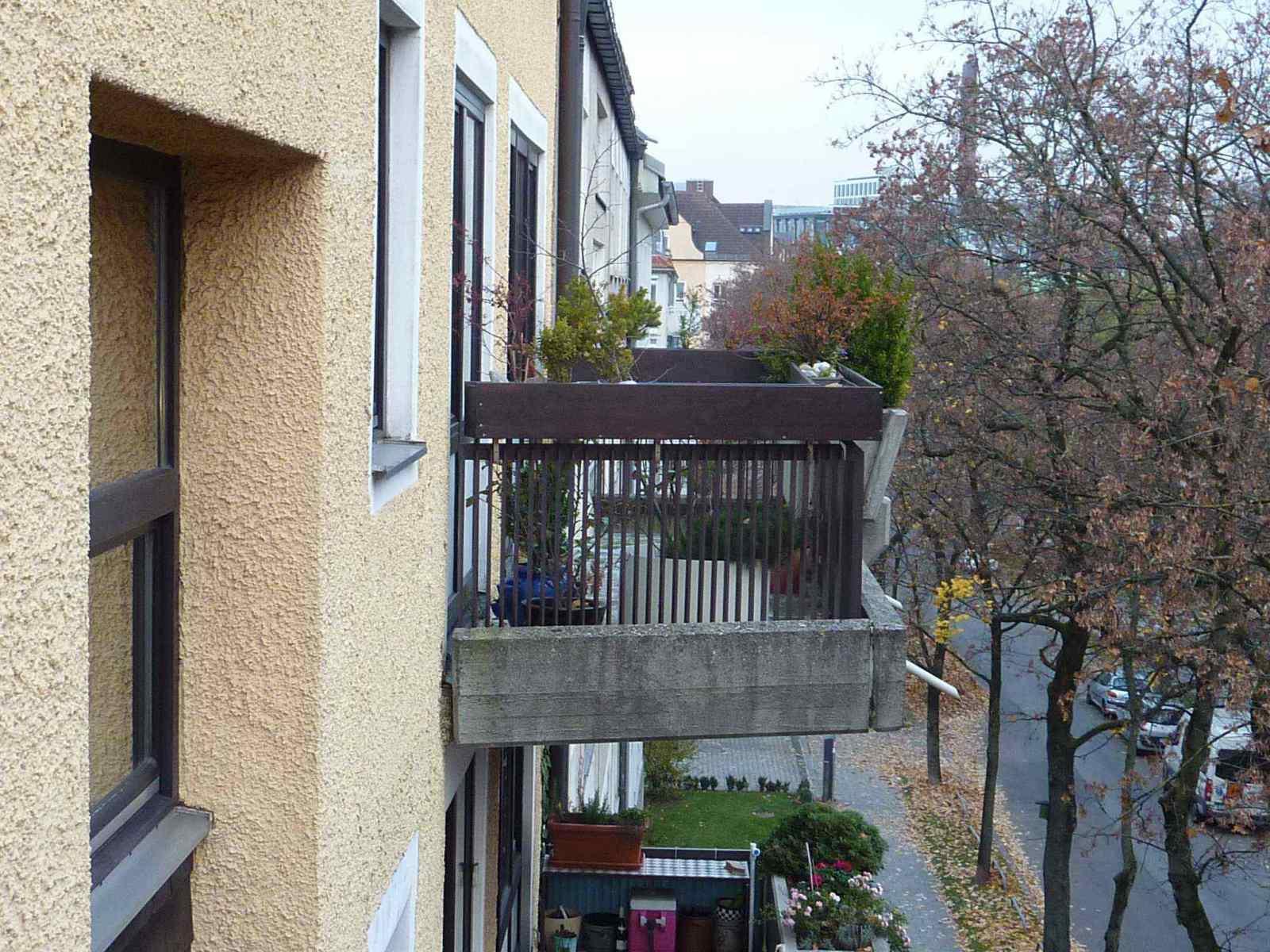 Fassade-Balkone-Gelaender-Muenchen-4